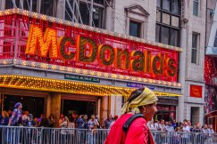 O ato caminhou por Manhattan, passando por pontos tradicionais como a Times Square e o Central Park. (Foto: Thiago Gabriel)